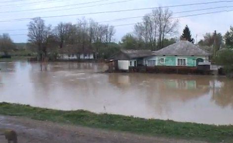 inundatii-liteni-2013-suceava