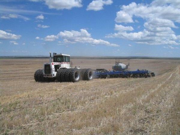 tractor-big-bud